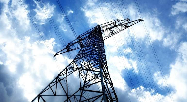 poste electricidad alta tensión